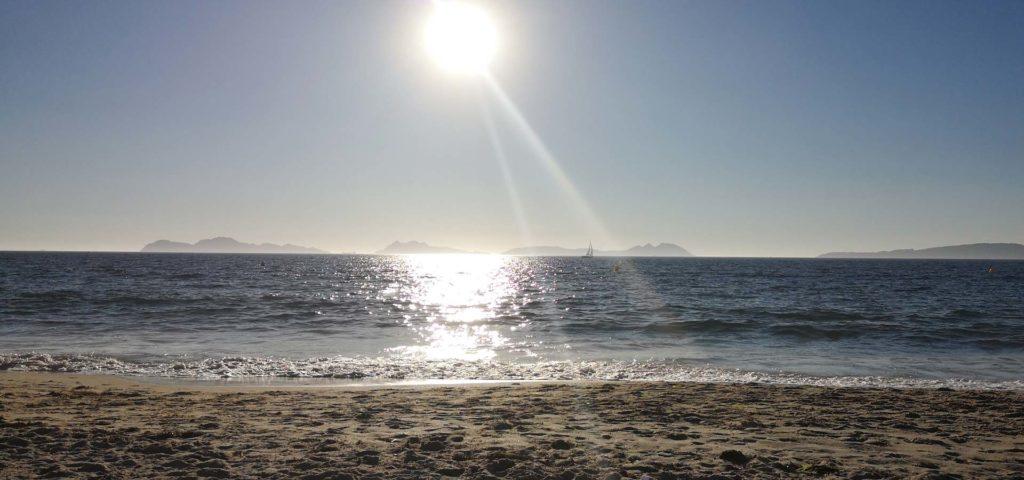 Playa Samil y las islas Cies