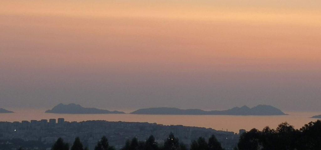 Puesta de sol desde lo alto de Vigo
